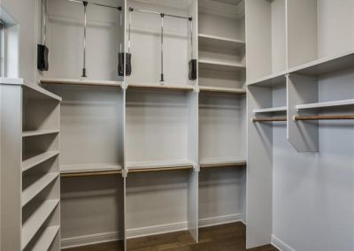 105 Turnberry Court - Master Closet